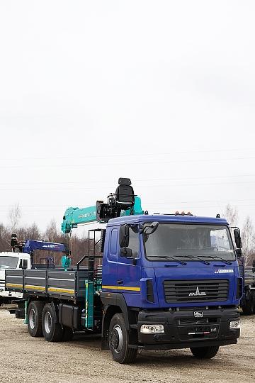 Манипулятор HKTC 7016 на шасси МАЗ 6312С5