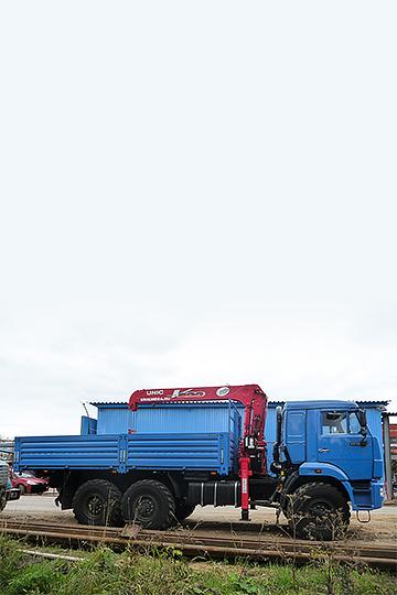 Манипулятор UNIC UR-V503 на шасси КАМАЗ 43118