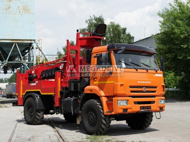 Бурильно-крановая машина KANGLIM KDC 5600 на шасси КАМАЗ 43502