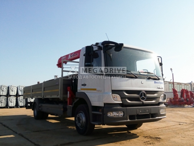 Манипулятор UNIC URV 374 на шасси MERCEDES-BENZ MB Atego 1518L