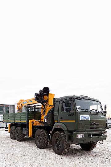 Манипулятор SOOSAN SCS 1015LS на шасси КАМАЗ 63501